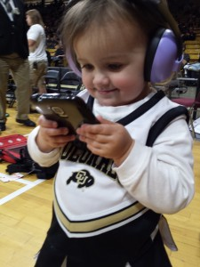 buffs-brick-brick-baby-glued-to-the-phone